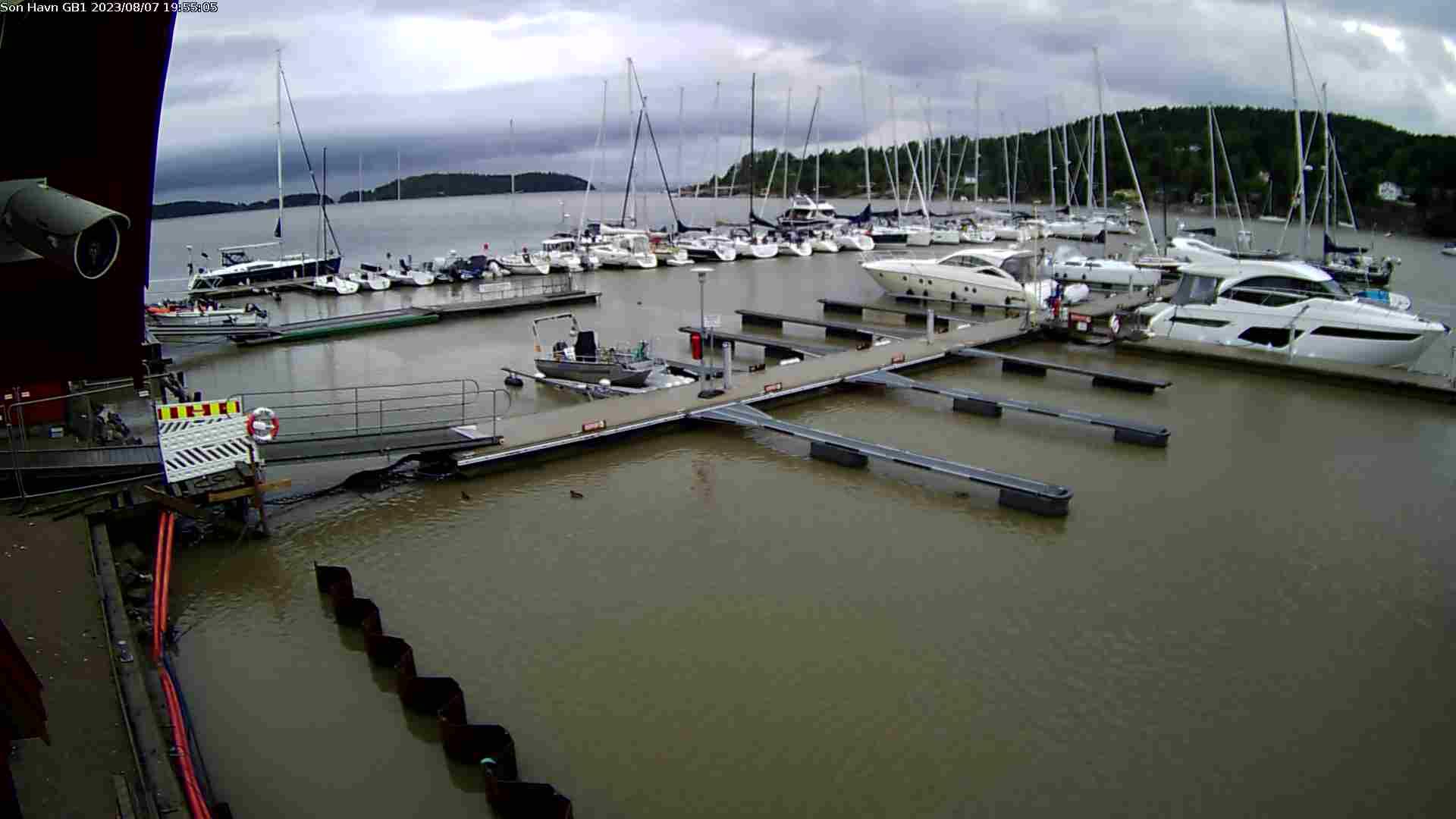 Son Gjestehavn - Utsikt mot syd over bølgebryter